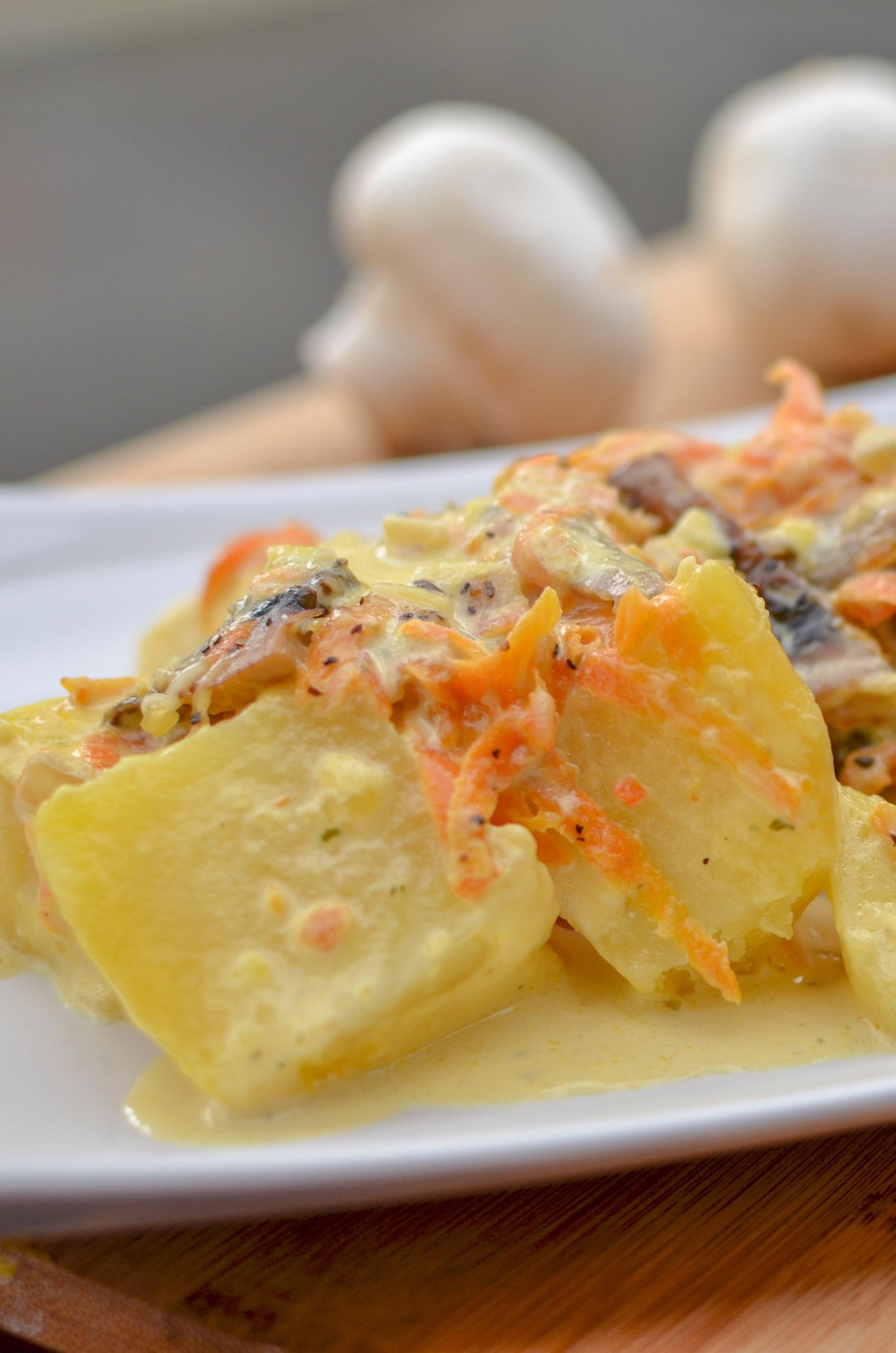 Creamy Mushroom Potatoes in a serving plate