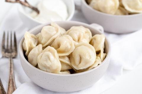 Bowl with Pelmeni