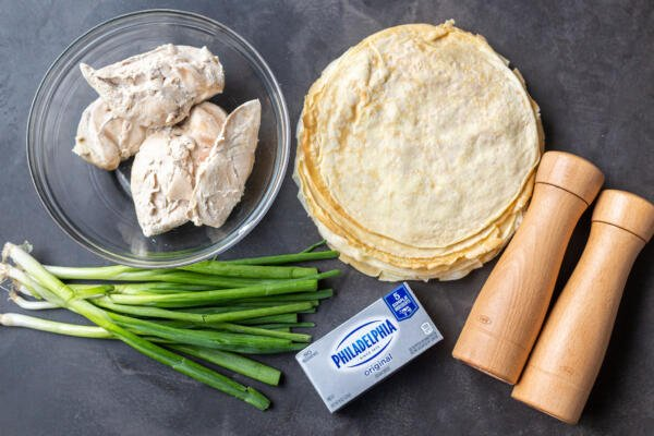 ingredients for the crepe pockets