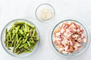 ingredients for bacon and asparagus recipe