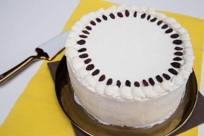Drunken Raisins Cake