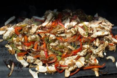 Chicken and veggies on a Cookina baking sheet
