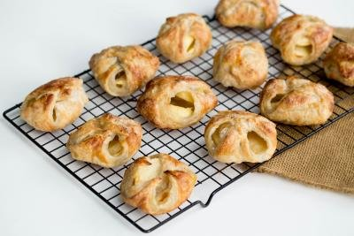 Quick Apple Pies on a baking rack