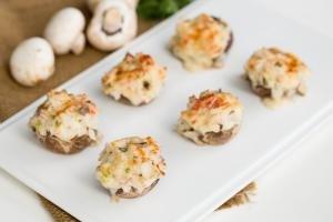 seafood stuffed mushrooms with crab