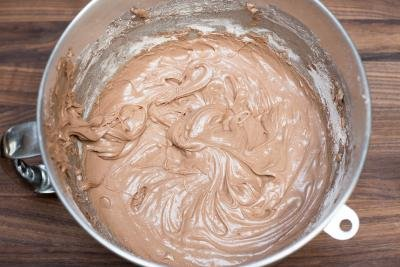 Icing mixture in a bowl
