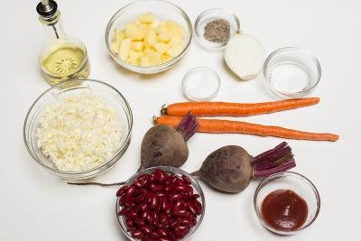 Ingredients for Russian Borscht on a tray