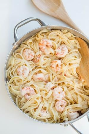 Creamy Shrimp Scampi in a deep skillet