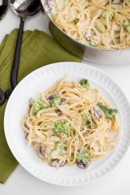 Broccoli Mushroom Alfredo Pasta in a plate