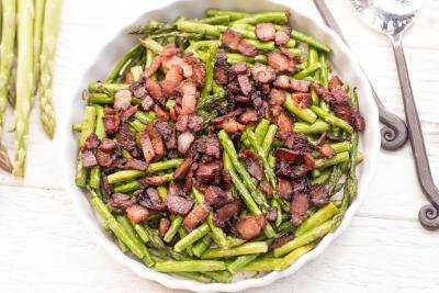 Bacon Asparagus on a serving tray