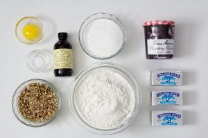 Ingredients on a tray for cookies.
