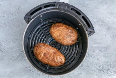 Baked potatoes in a air fryer