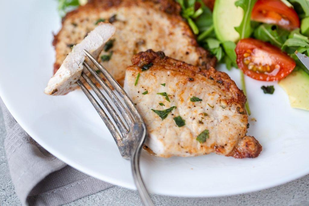 Easy Air Fryer Pork Chops - Momsdish