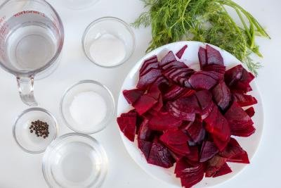 Ingredients for the pickled beets on a tray