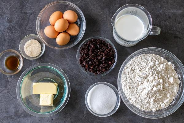 Ingredients for the Easter Bread recipe