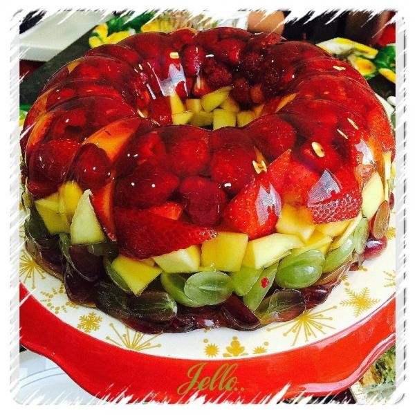 Pineapple Dessert: Jello Fruit Cake Dessert