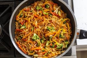 Yakisoba Noodles with vegetables