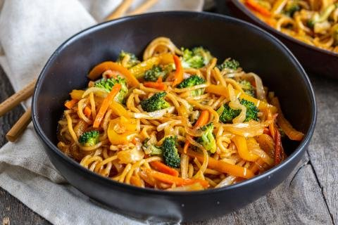 Veggie Yakisoba in a bowl