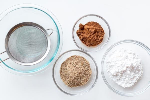 Ingredients for the chocolate macarons