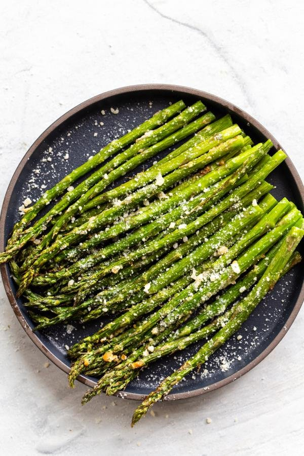 air fried asparagus on a plate