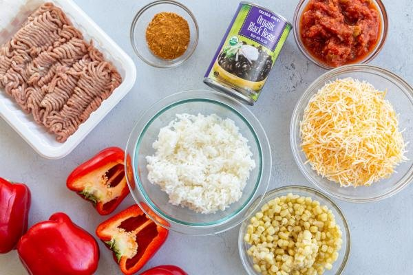 Ingredients fir the Mexican stuffed bell peppers