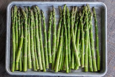 baking sheet with asparagus