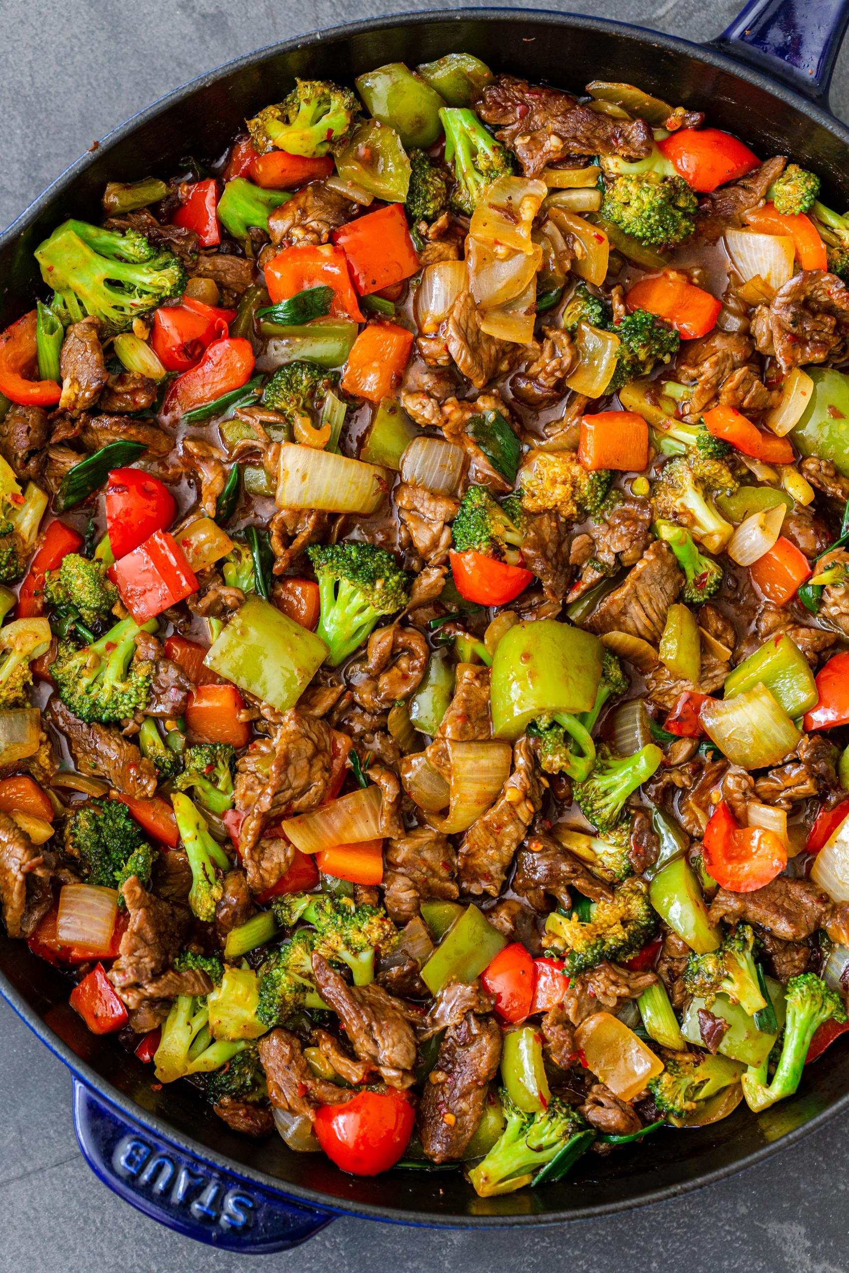 Hunan beef in a pan