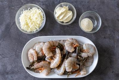 ingredients for the baked cheesy shrimp