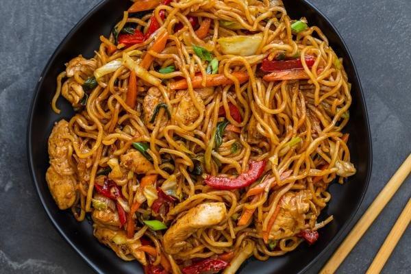Yakisoba noodles on a plate