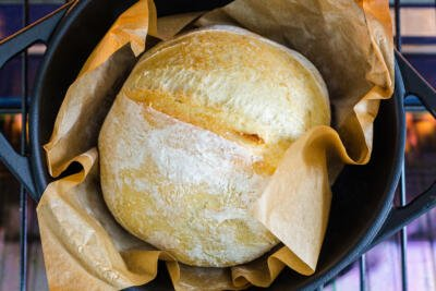 No Knead bread baking in a cast iron