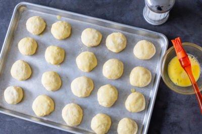 buns on a baking sheet