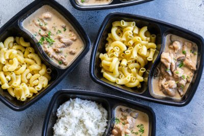 preboxed lunch boxes with noodles or rice