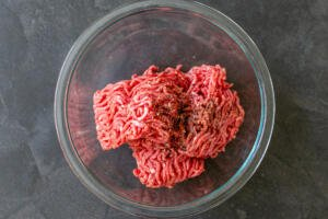 Ground beef with seasoning