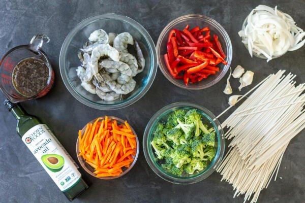 Shrimp lo mein ingredients