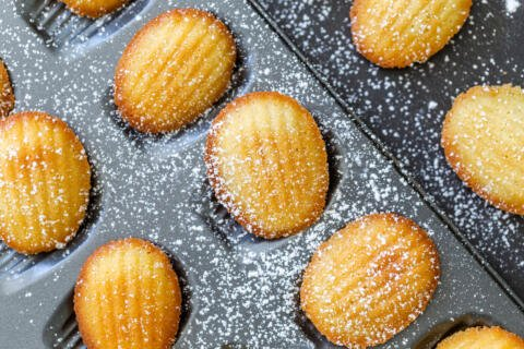 Madeleine cookies in the mold