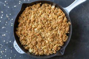 baked apple crisp in a pan