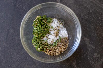 Spices for the leg of lab in a bowl