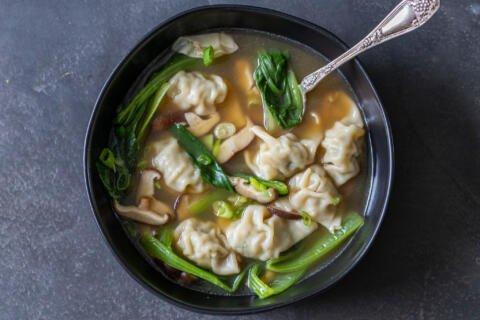 A bowl of wonton soup