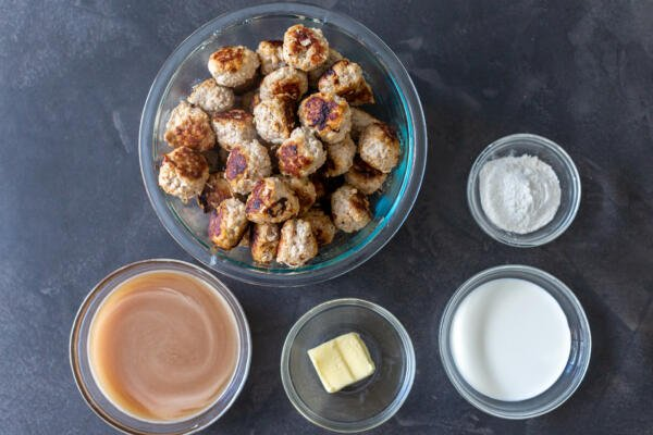 meatballs and gravy ingredients