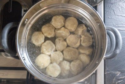 boiling Khinkali in a pot