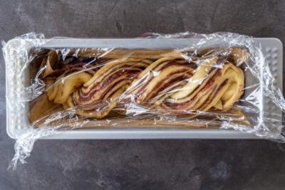 babka in a pan covered