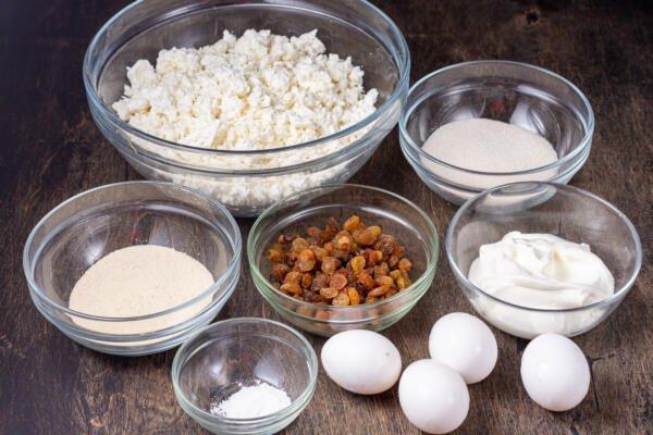 Ingredients for Zapekanka