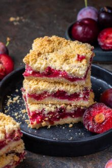 slices on a plate of plum crumble
